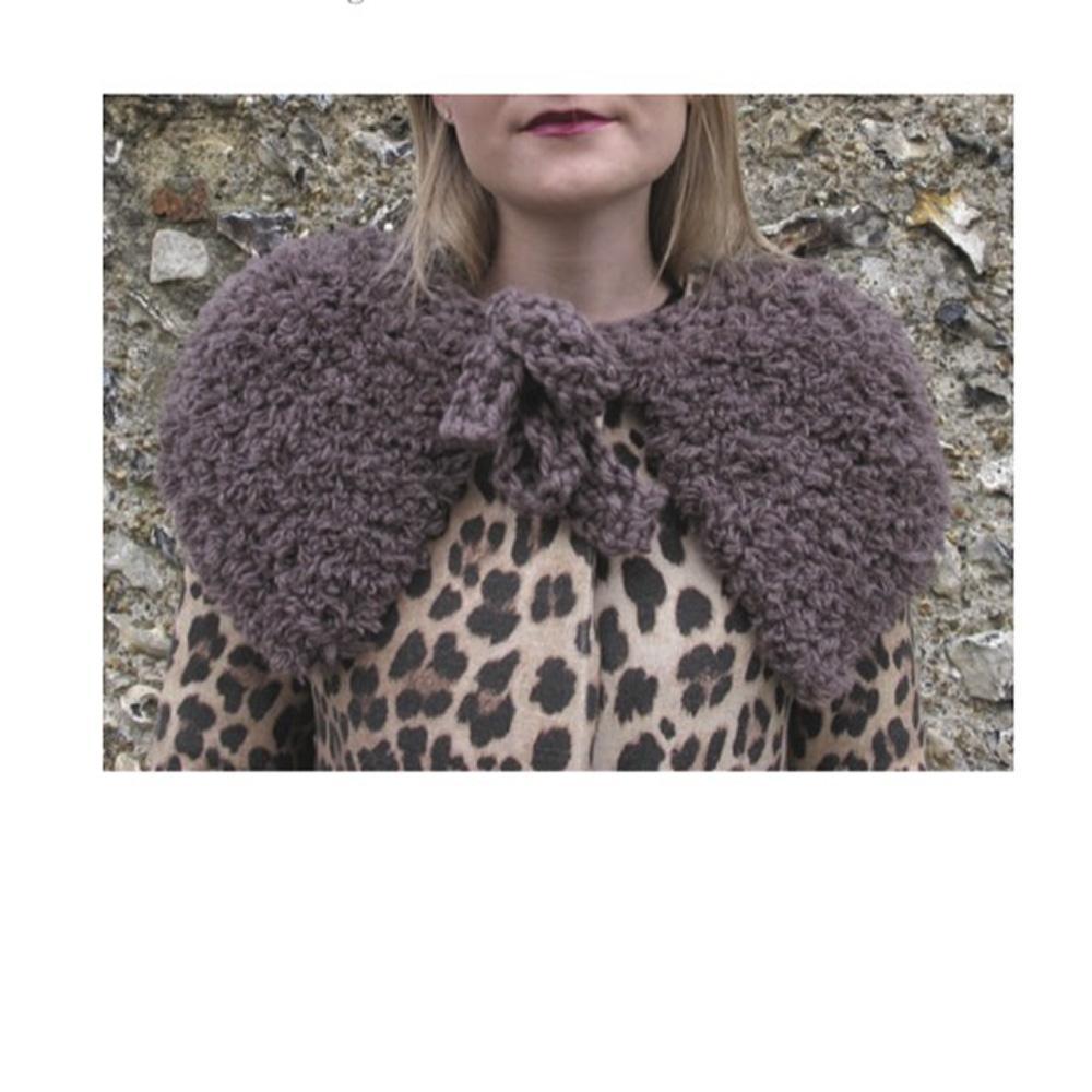 Erika Knight Gedruckte Anleitungen Fur Wool Fur Capelet Englisch Fur Wool