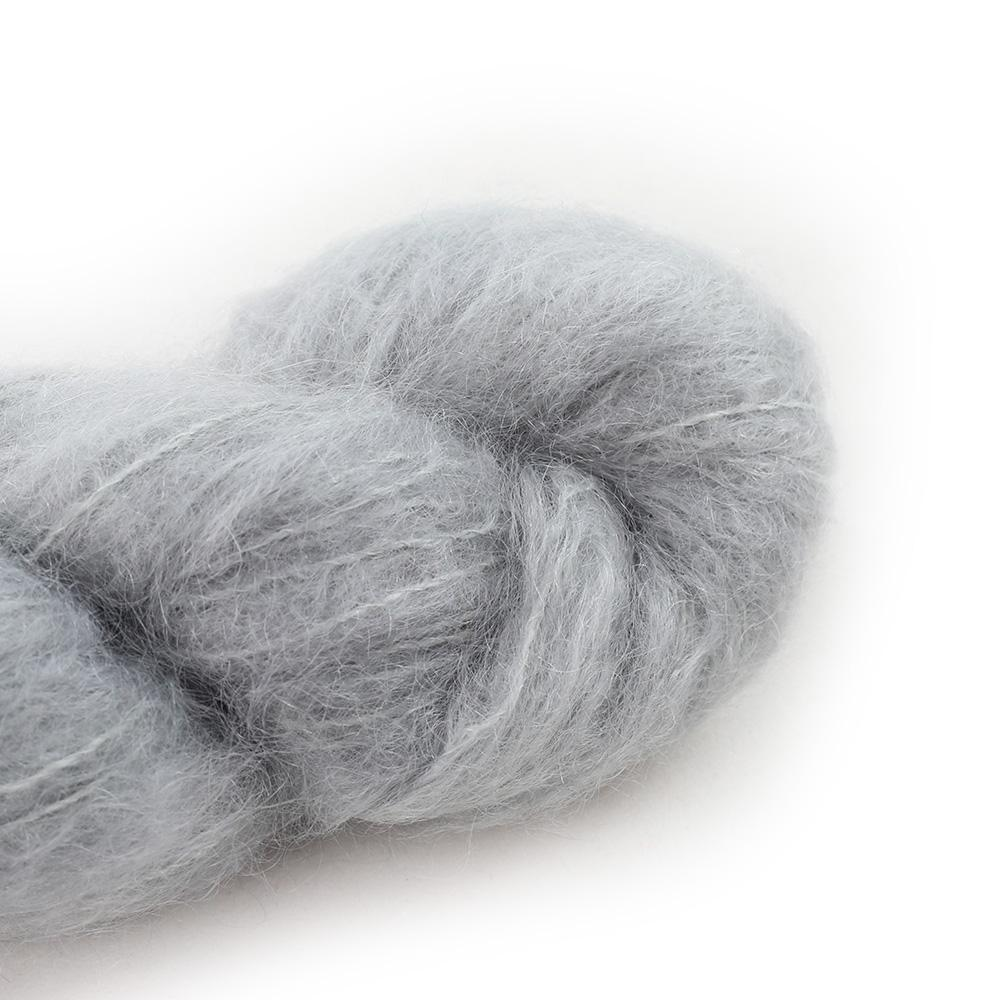 Cowgirl Blues Fluffy Mohair solids (100g) 03-Silver Fox