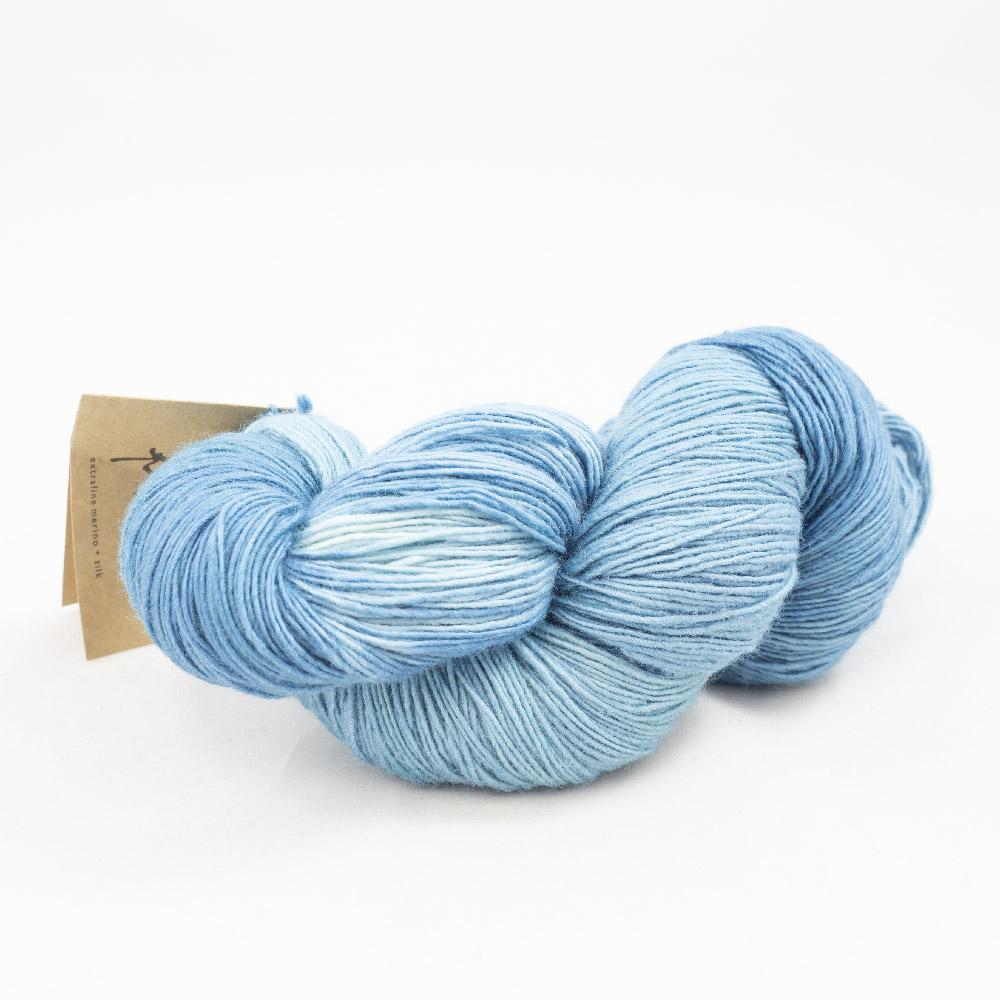 Manos del Uruguay Silk Blend fino handgefärbt 100g Auslauffarben