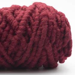 Kremke Soul Wool RUGby Teppichwolle gefärbt Weinrot