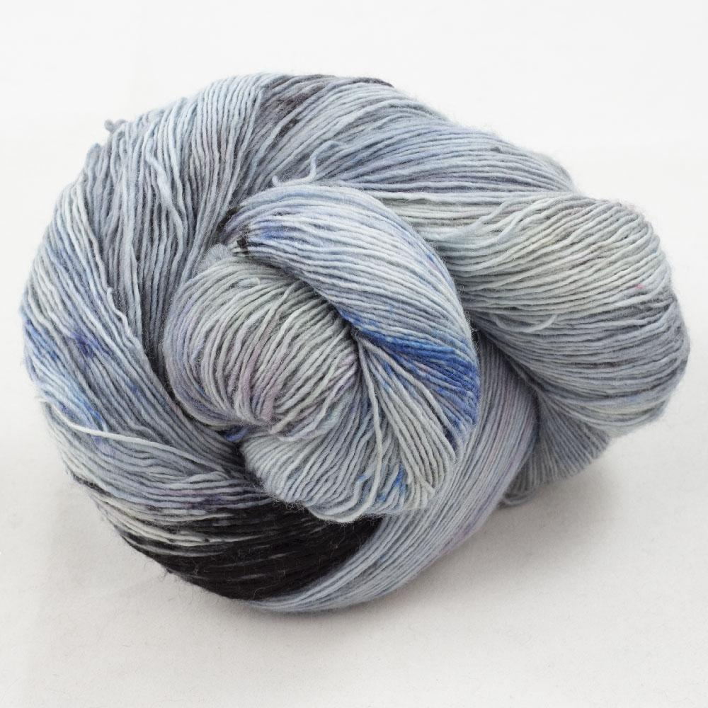 Cowgirl Blues Merino Single Lace Farbverlauf  Moody Blues